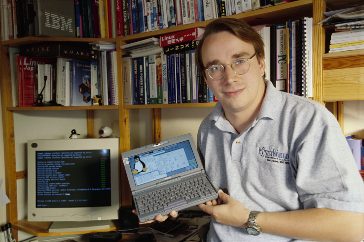Linus Torvalds was the designer of the open-source operating system Linux.